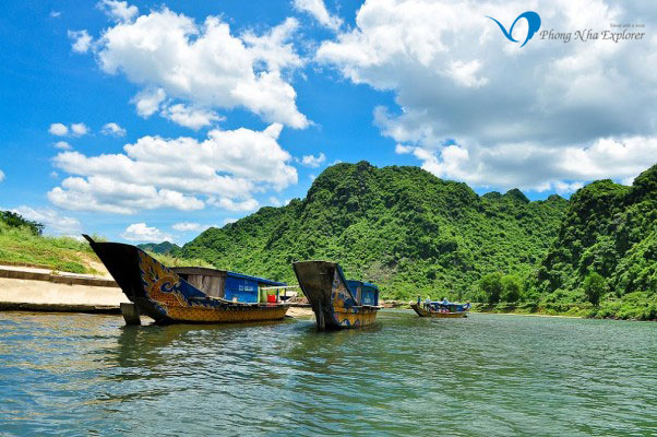 Boat on the Son river to Phong Nha Cave