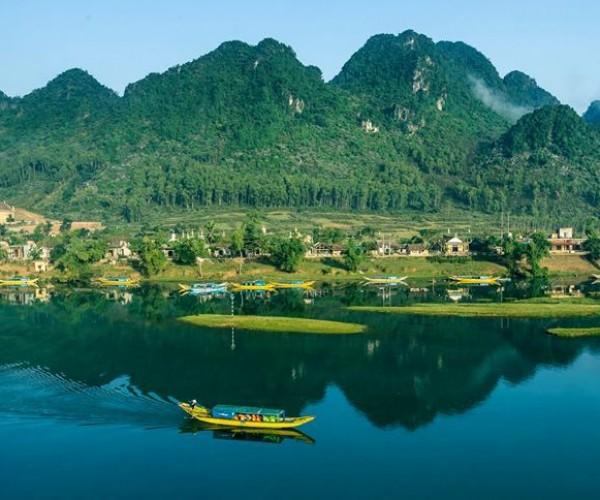 Tour Du Lich Phong Nha Quang Binh Du Thuyen Song Son