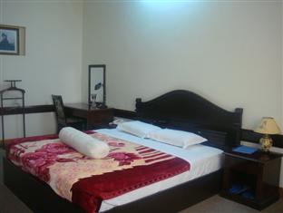 http://phongnhaexplorer.com/wp-content/uploads/Cosevco_Nhat_Le_Hotel-9-300x225.jpg