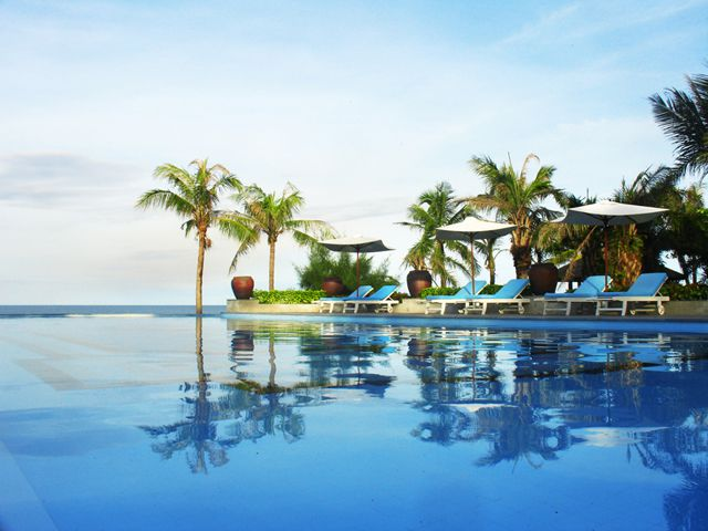 https://phongnhaexplorer.com/wp-content/uploads/Sun-Spa-Resort-4-300x225.jpg