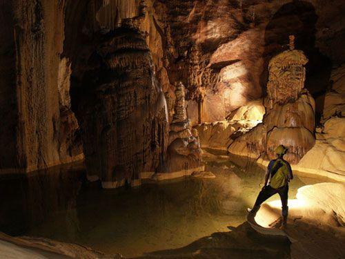 http://phongnhaexplorer.com/wp-content/uploads/Tour-Dong-Thien-Duong-7000m-9-300x225.jpg