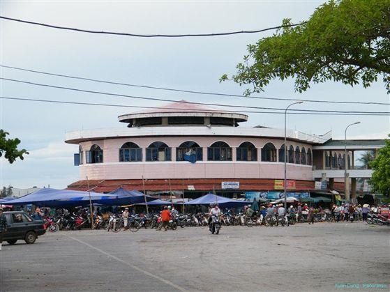 Chợ Đồng Hới