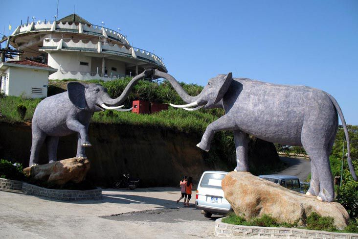 http://phongnhaexplorer.com/wp-content/uploads/da-nang-ba-na-hoi-an-cu-lao-cham-221-300x200.jpg