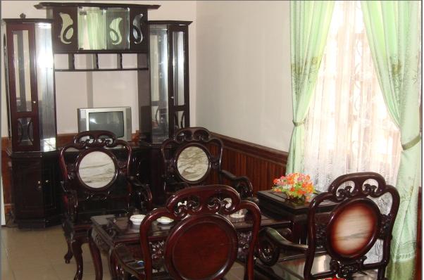 http://phongnhaexplorer.com/wp-content/uploads/khach-san-phuong-nam-5-300x198.png