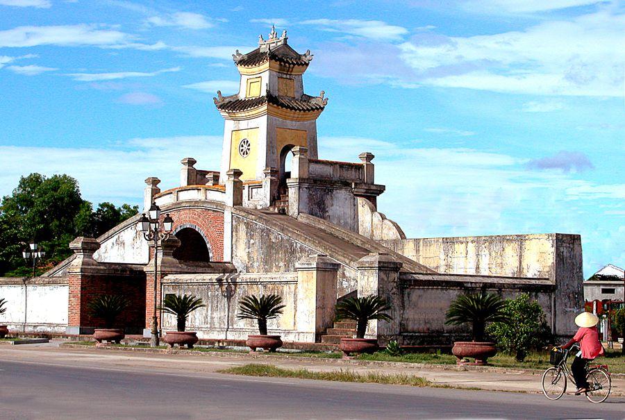 Du lịch Đồng Hới – Bạn biết gì về thành phố đất Quảng Bình?