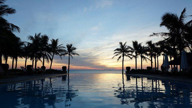 https://phongnhaexplorer.com/wp-content/uploads/sun-spa-resort-06-300x168.jpg